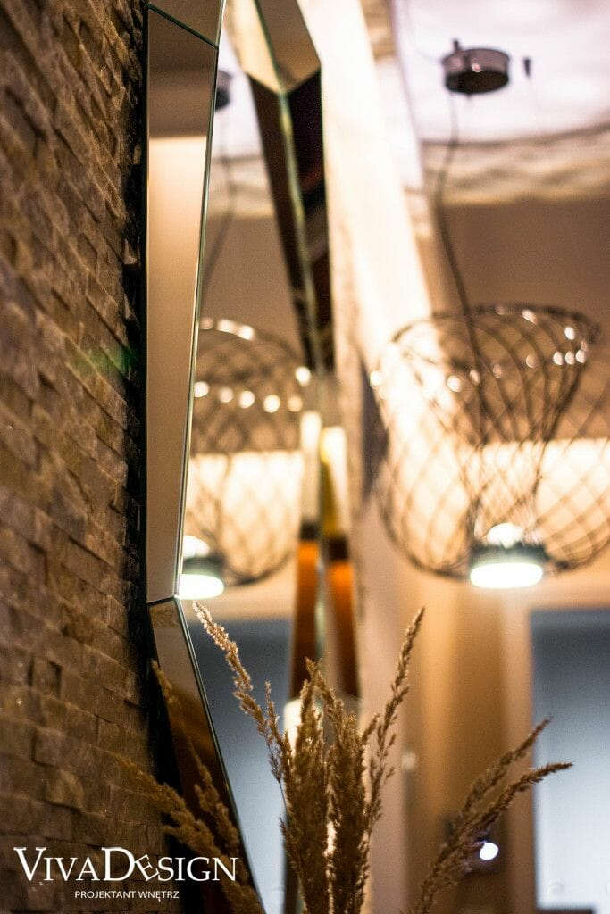 Zbliżenie na lustro Cattelan Italia Emerald 130x130, pod klucz, projekty wnetrz, architektura wnetrz, architekt wnętrz, Krakow, Kraków